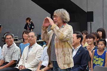 映画作家・大林宣彦さんも応援に 映画「この空の花 ―長岡花火物語」でメガホンを取った映画作家・大
